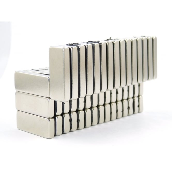 Guy's Magnets 25 mm x 10 mm x 4 mm N52 neodymium block