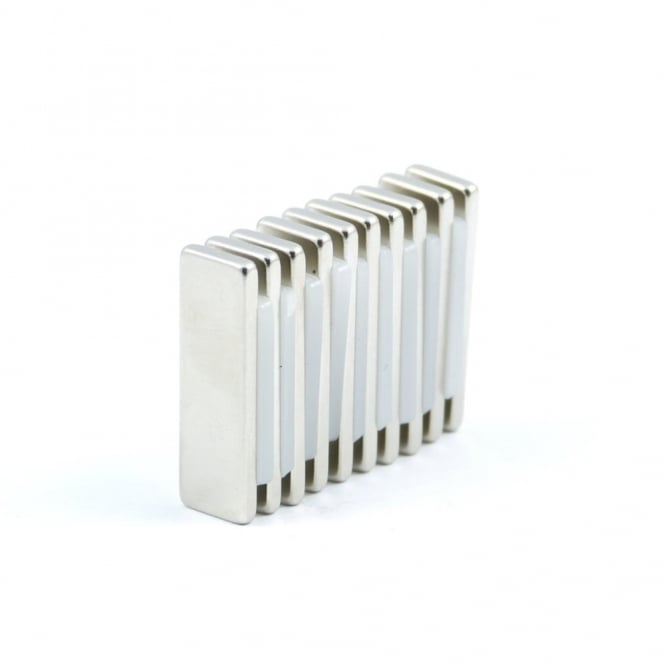 Guy's Magnets 25 mm x 8 mm x 2 mm N52 neodymium block