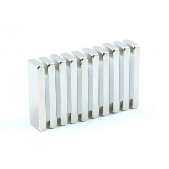 Guy's Magnets 25 mm x 8 mm x 3 mm N52 neodymium block