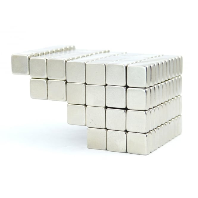 Guy's Magnets 8 mm x 8 mm x 4 mm N45 neodymium block
